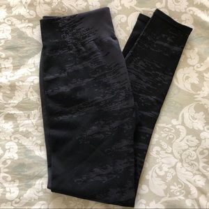 Fabletics new without tag leggings / tights